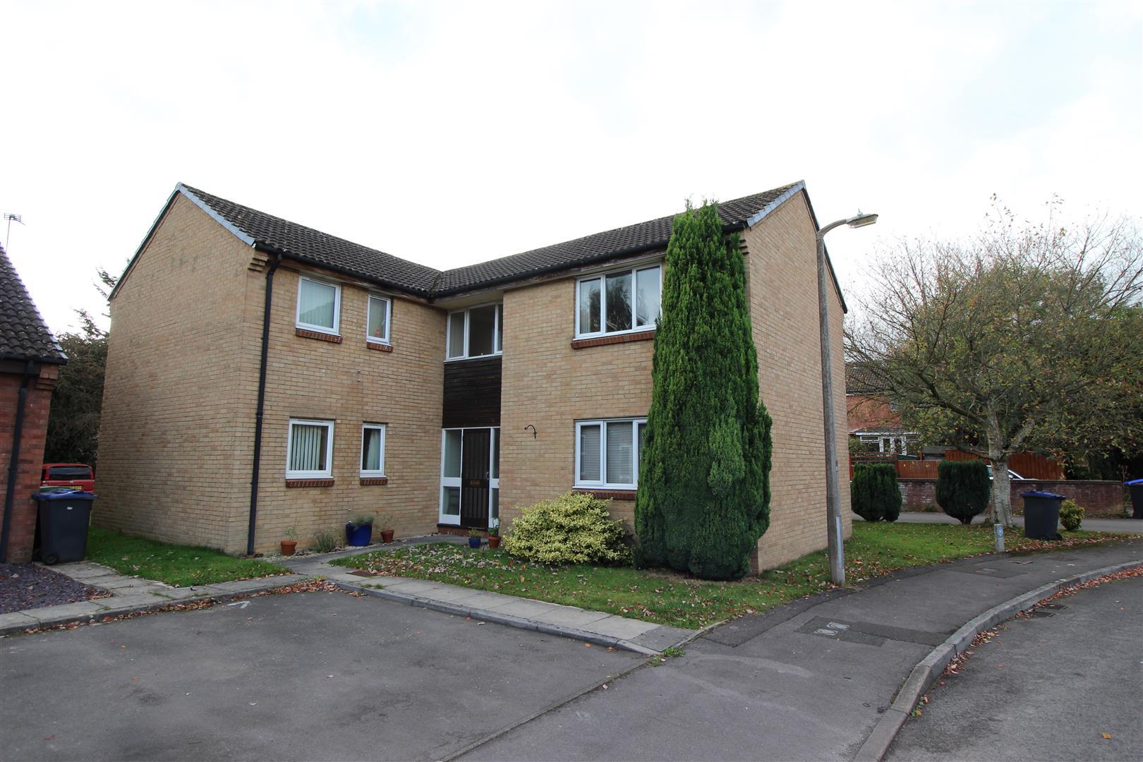 1 Bedroom Apartment Flat for sale in Pewsham, Chippenham